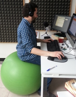 palla come sedia per ufficio