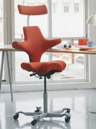 le 10 migliori sedie ergonomiche da ufficio. Black Bedroom Furniture Sets. Home Design Ideas